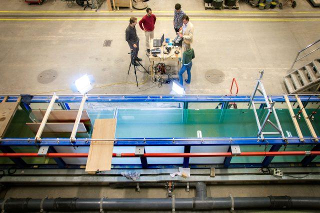 2D model tests at Deltares, Delft (NL)
