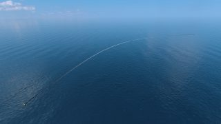 The Ocean Cleanup computer rendering, aerial view. Credits: Erwin Zwart / The Ocean Cleanup
